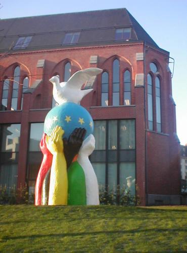 22758_statue.europa